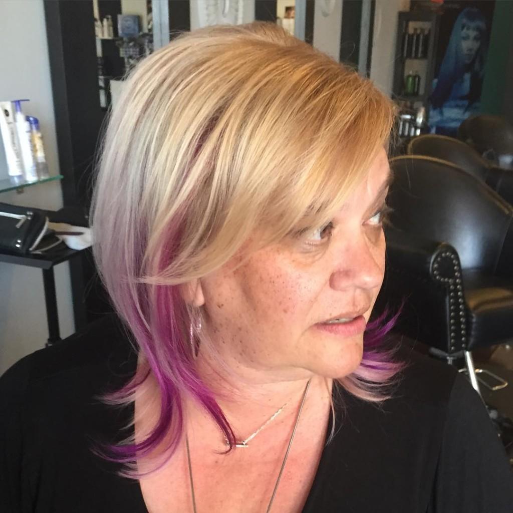 Laini w blond:pink hair